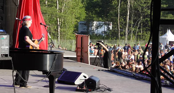 Willie Nelson performing at the Rothbury Music Festival, Photo Mike Hardaker | Mountain Weekly News