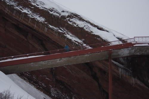 Mike Hardaker Snowboarding Red Rocks Photo Brendon Thompson   Mountain Weekly News