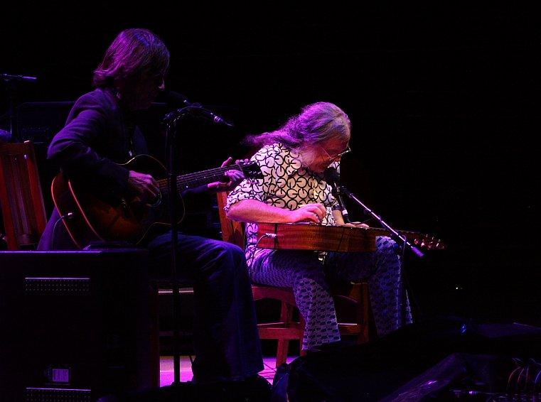 Jackson Browne and David Lindlet Perform Together at Red Rocks