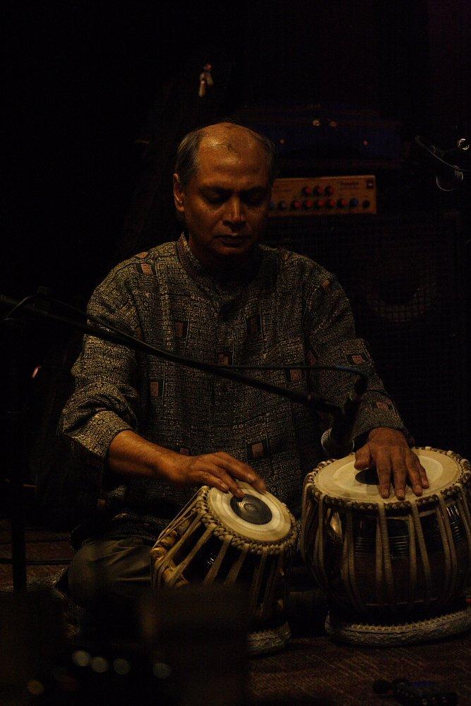Aloke Dutta Hardaker Concert Photo by Mike Hardaker
