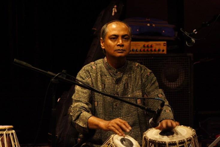 Aloke Dutta Concert at Dazzle Jazz