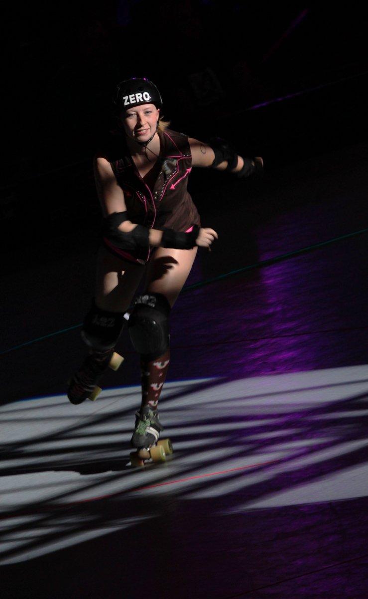 Roller skating denver - Denver Roller Dolls Photo By Kyle Mathes Mountain Weekly News