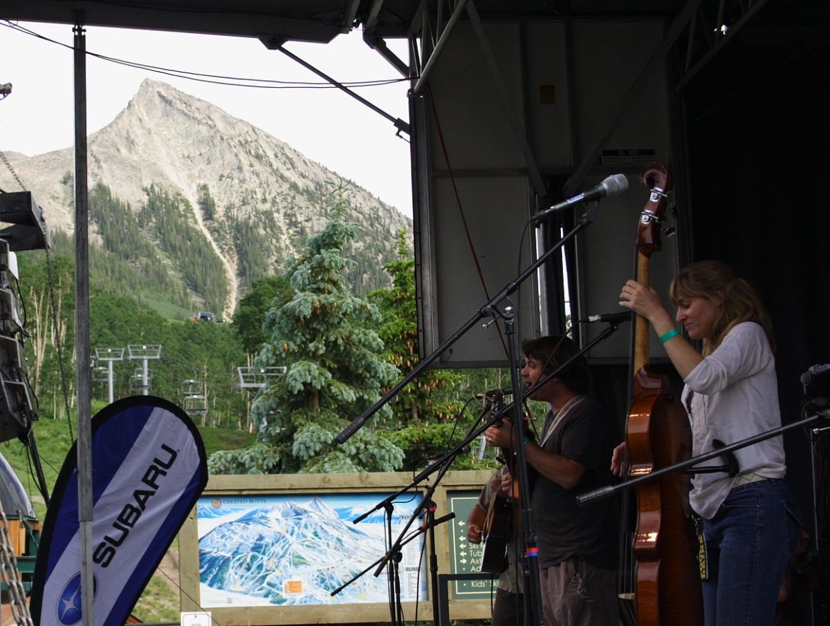 Keller Williams in Crested Butte Photo Mike Hardaker | Mountain Weekly News