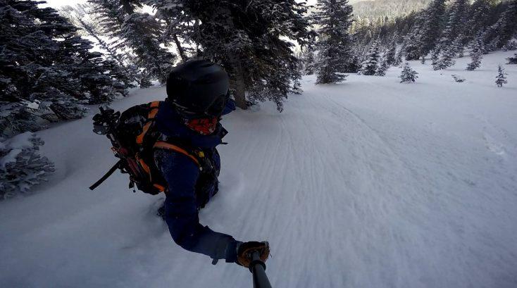 Top 5 Men's Snowboard Jackets of 2017