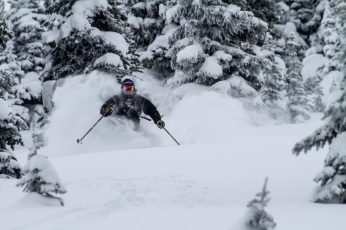 Selkirk Wilderness Skiing Maximizes Backcountry Experience