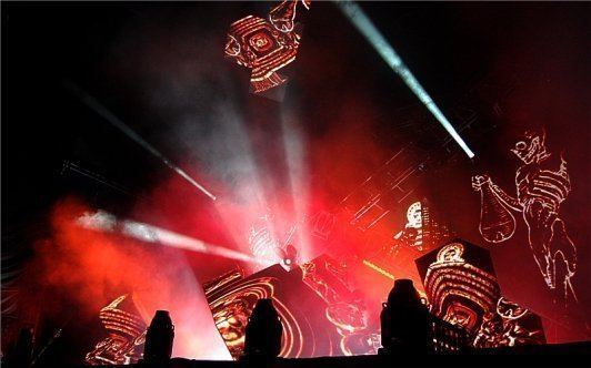 Deadmau5 spooking the crowd. Photo: Jonathan Penfield | Mountain Weekly News