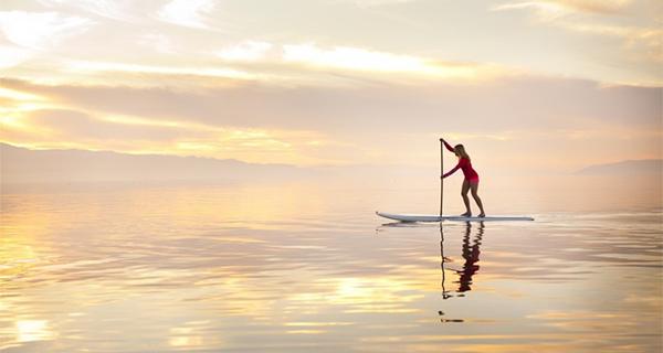 Caroline Gleich Paddleboarding