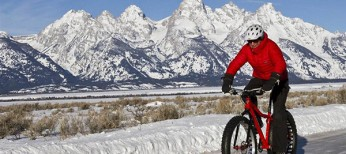 You Need to Try Fatbiking This Winter, Here's How and Where
