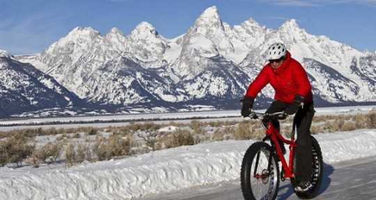 You Need to Try Fatbiking This Winter