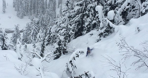 Nathaniel Murphy testing the Patagonia Untracked Snowboard Jacket up at Rogers Pass, BC