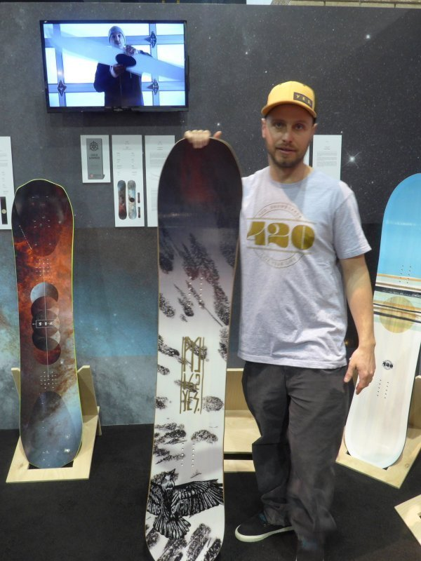 2016 YES 20/20 Snowboard