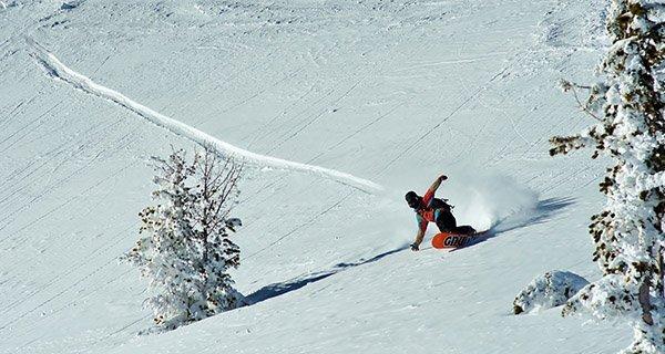 GNU Riders Choice Snowboard Photo Gary Hanson
