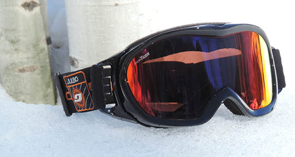 Julbo Snow Tiger Goggle Photo Ricardo Moreno | Mountain Weekly News