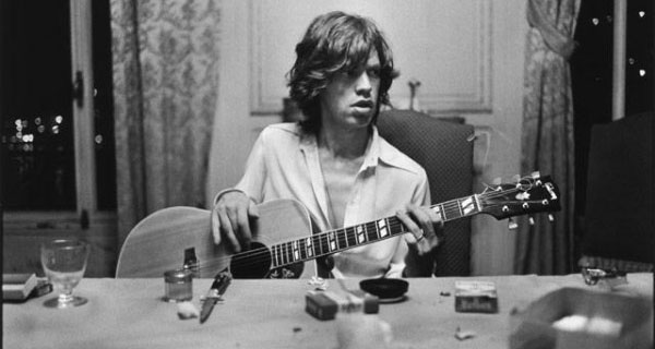 A young Mick hanging in the south of France Photo Dominique Tarle