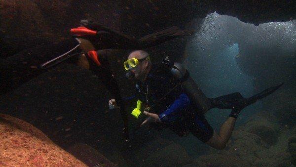 Kreutzmann found a new love in the ocean, seen here diving in Kona, HI