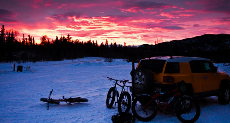 You Need to Try Fatbiking This Winter, Here's How to Do It