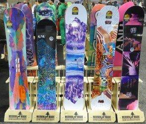 2017 GNU Snowboards (