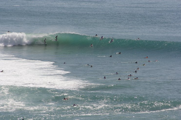 Padang-Padang mid day lineup, Photo Mike Hardaker | Mountain Weekly News