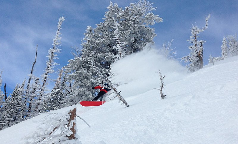 Mike enjoying the Volcom TDS Jacket at a secret spot in the Tetons... Photo Jake Stinson | Mountain Weekly News
