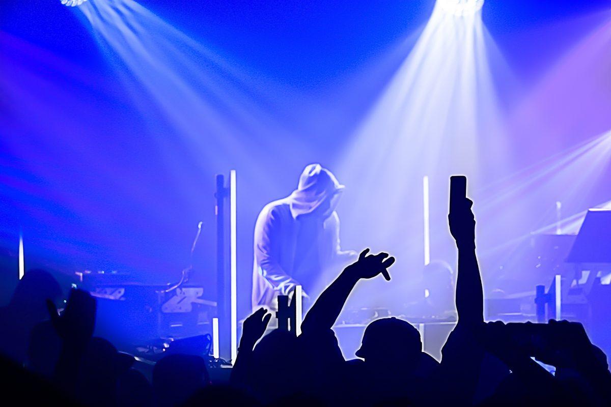 Pretty Lights Band Concert Photos, Pink Garter - Mountain ...