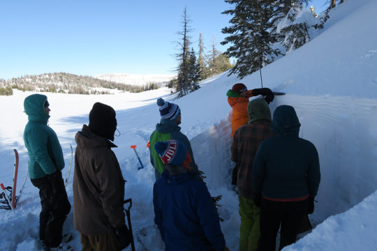 Jackson Hole Outdoor Leadership Institute AIARE Level 1 Avalanche Course Photos from Togwotee Pass