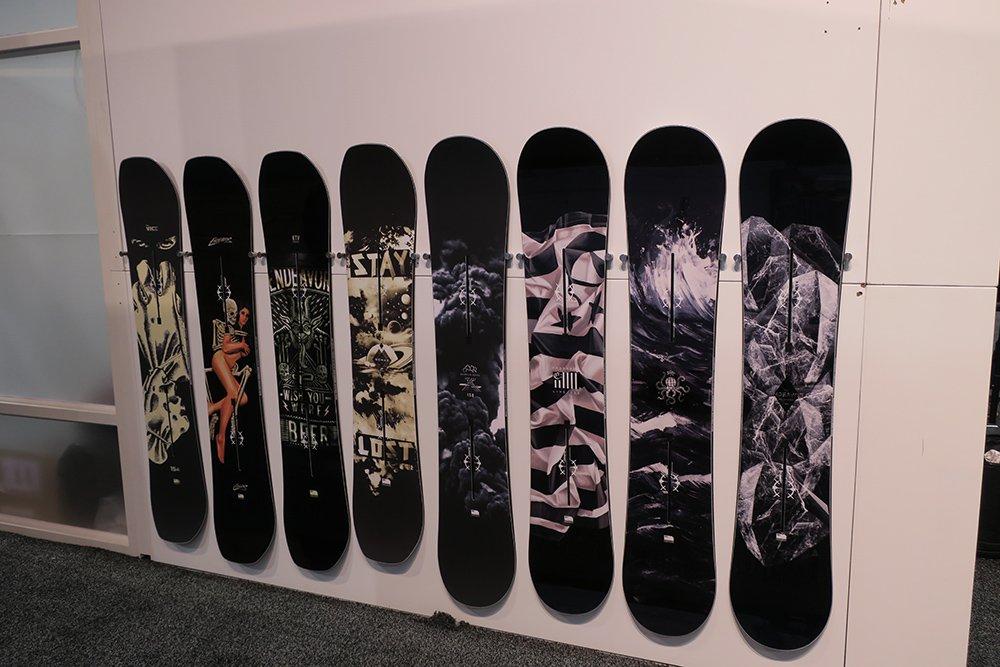 Endeavuer Snowboards 2017-2018