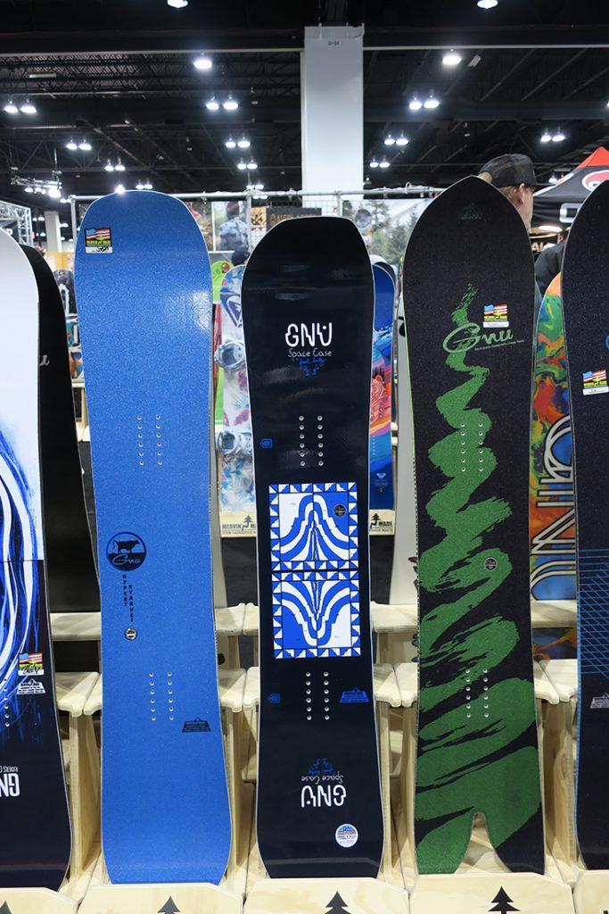 GNU Snowboards 2017-2018