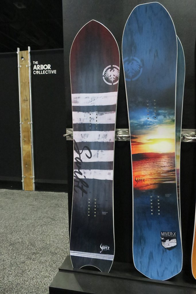 Never Summer 2017 - 2018 Snowboards