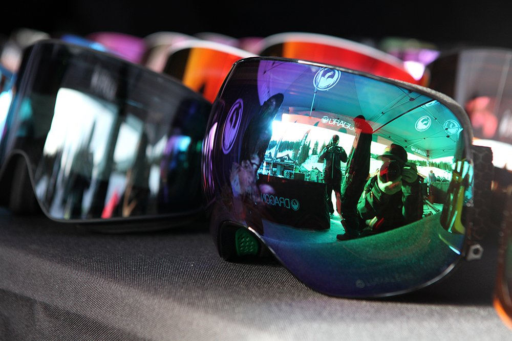 bets snowboard goggles