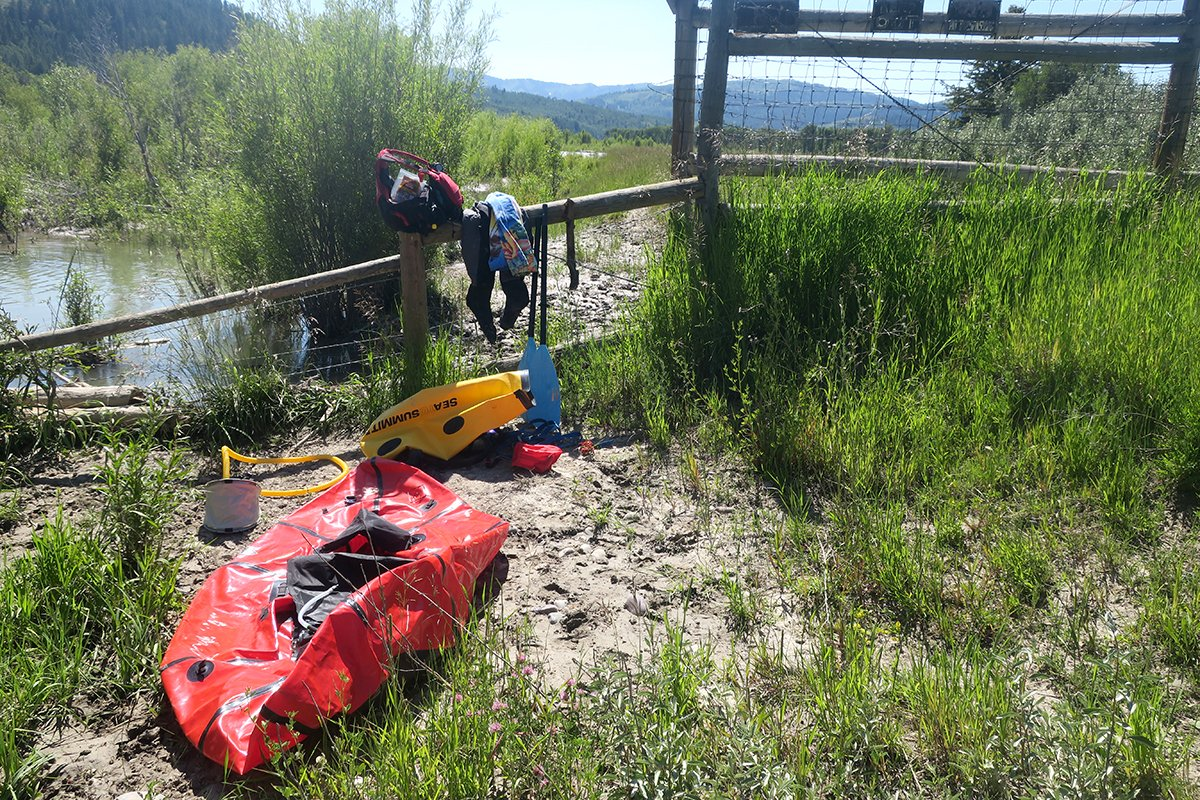 The Alpacka Raft vs AIRE BAKraft Expedition Packraft - Mountain Weekly News