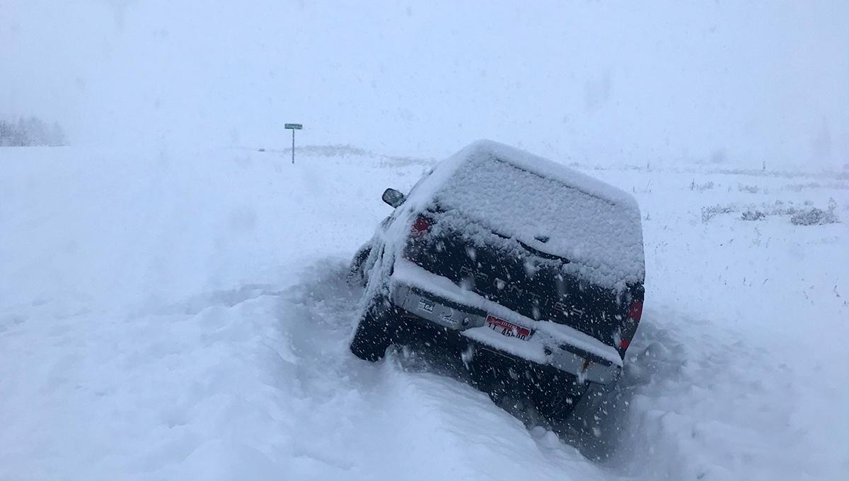 Winter Car Emergency Kit Checklist and Essentials