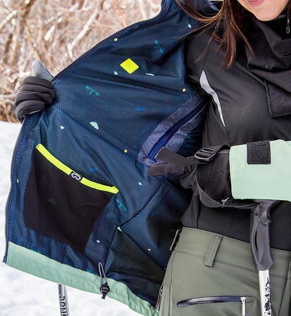 Ski Jacket Pockets