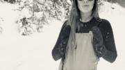 pretty Women in ski bibs