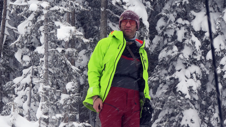 Patagonia Snowdrifter Bibs Review