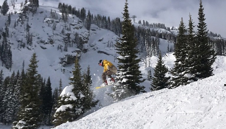 Snowboarder Jackson Hole