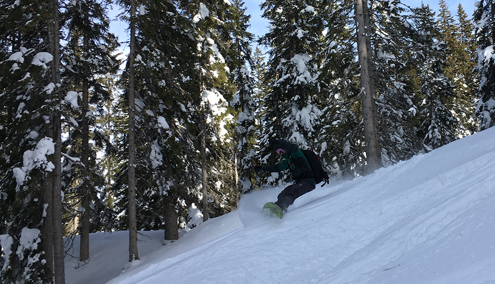 Jones Snowboards Hovercraft Splitboard Review