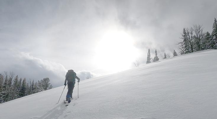 Snowboarder Teton Pass, Wyoming
