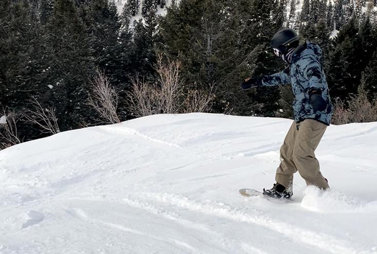 686 Hydrastash Reservoir Insulated Snowboard Jacket Review