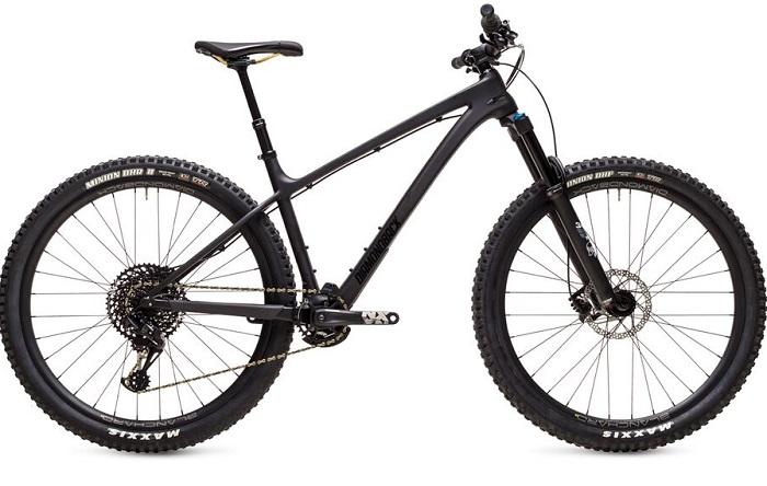2021 Diamondback Sync'R 29 Carbon Mountain Bike