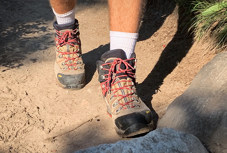 Hiking Boots Pink Laces - Mens